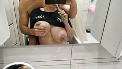 She wanted to brush her teeth but showed boobs