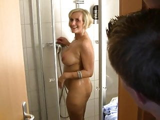 German Mature Has Anal Sex In The Shower XhJzw