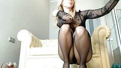 webcam brooks in pantyhose