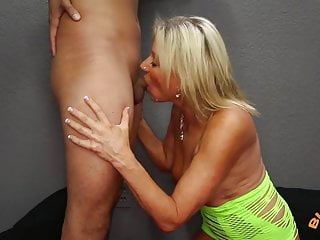 Mature hall of fame Mature cougar payton hall gets huge facial from 25 year old
