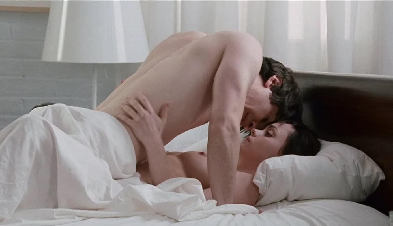 christina-ricci-sex-scenes-naked-moms-in-the-rain