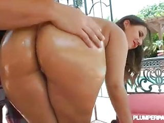 Tifa lockharts breast Big booty pawg lexxxi lockhart ass oiled n fucked