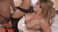 Sexy mamma matura bionda scopa cognato