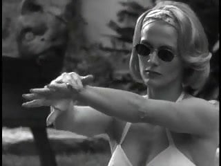 Andrea jackson in bikini - Andrea thompson - a gun, a car, a blonde 03