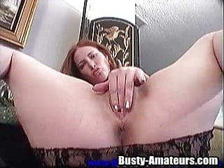 Sex experience at a massage center Shaved pussy of ginger is in the center of attention