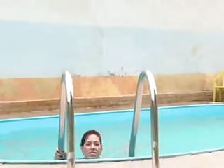Pool piss - Out of the pool