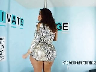 Metal men naked - Big booty scarlett metallic dress striptease