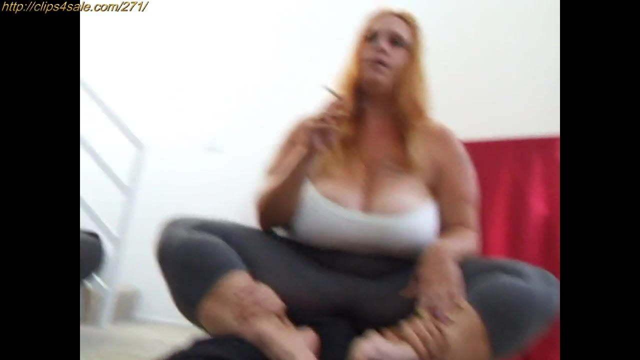 Face Sitting Lesbian Slave