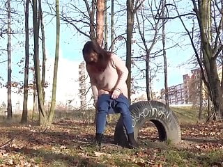 Guy peeing in the woods - Relaxing pee in the woods