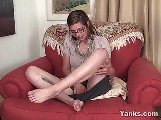 Avra lavine nude - Yanks honey sylvie lavine toys her twat