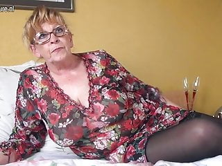 Grannys big boobs Amateur granny with big boobs and hungry pussy