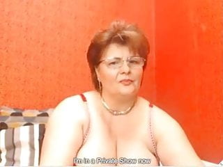 Amatuer mature masturbation session Mature granny masturbates in private webcam session