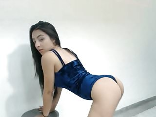 Sexy bunnies video - Sexy ass girl bunny