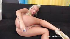 Blonde wets herself and plays with piss! - Pussy Pissing