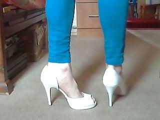 Foxx trot comic strip Trotting in my new white heels
