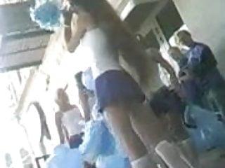 Voyeur cheerleader shower - Cheerleaders panties upskirt