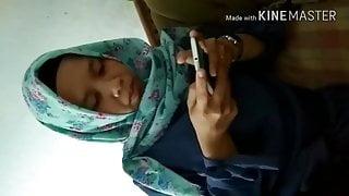 pembantu pake hijab