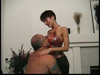 Busty old brunette mature 04 - Old guy gets great head from busty brunette in the living room