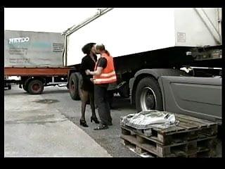 Truck driver fuck - Hooker for truck driver