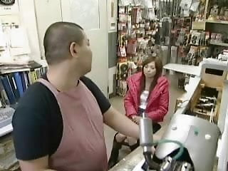 Guy fucking a computer Oner of a computer store take his helper in the ass