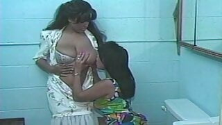 Two sexy Latinas eating pussy in the toilet