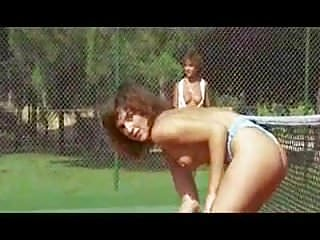 Shoes tennis vintage - Challenge of the tiger - slow motion topless tennis match