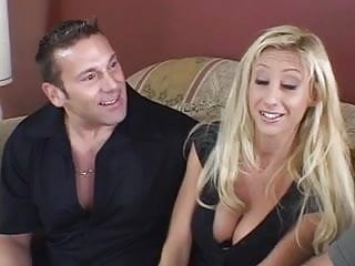 How to find pornstars Lucky dick finds a hot pussy to bang