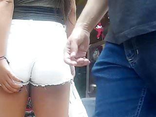 Sexy soffe shorts com - Novinha com short socado teen girl shorts entering t33