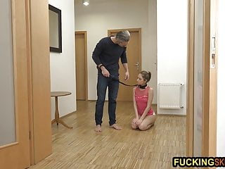 How to give the best deepthroat Skinny pet slave girl give the best deepthroat in the house