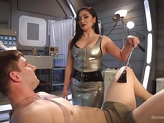 Catheter fetish medical - Futuristic medical fetish dungeon