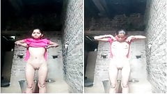 Today Exclusive- Village Wife Record her Nude...