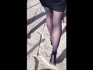 Sexy preity zinta in mini skirt 91 woman with sexy legs in mini skirt and black tights