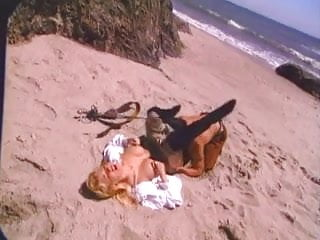 Blond sex vids - Busty blond sex on the beach