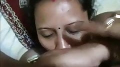 Indian wife knows how to give amazing head
