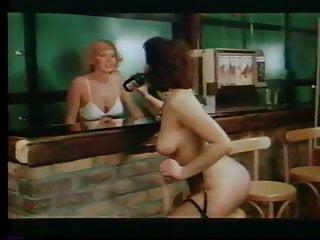 Lesbian bar girl - Lw - full service lesbian bar