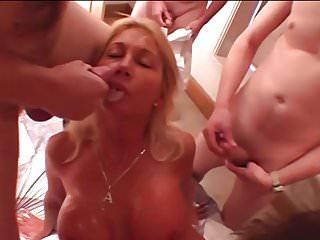 Bisexual cuckold cum Two cummy kisses