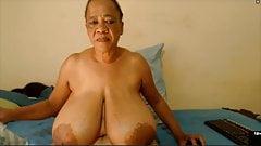 DairyQueen big HUGE black tits topless (41321)