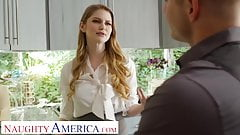 Naughty America, Immobilienmaklerin Bunny Colby fickt, um zu verkaufen