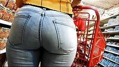 wife big ass milf in jeans bikini