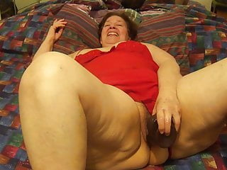 Mexican granny porn Mexican granny sucking dick