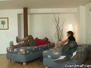 Sexy woman cleaning Very old cleaning woman is double fucked