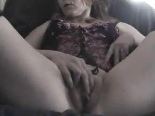 Cunt close-up Mature wife fingers her cunt close up