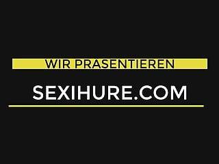 Public sex Sekretarin josie bedient dich