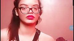 Facecast dziewczyna pokazuje jej cipki czat publiczny
