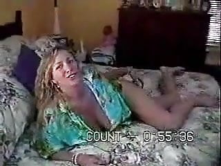 Parent directory and index and jpg and amateur - Amateur couple has sex on parents bed.