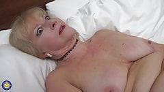 Old but still hungry mature GILF
