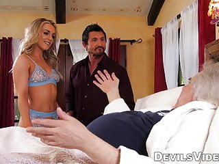 Famous pornstars deepthroat Pornstar wife cuckolds hubby with famous tommy gunn
