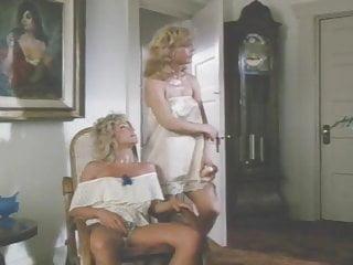 Lesbo strapon cum Two blonds lesbo strapon