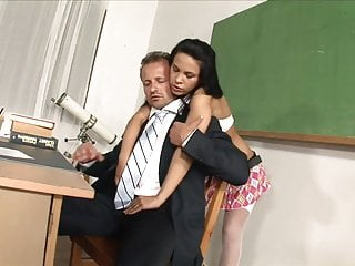Sex on desk shave - Gets sex on desk in class