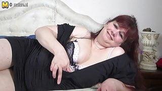 Chubby Dutch mature slut mother